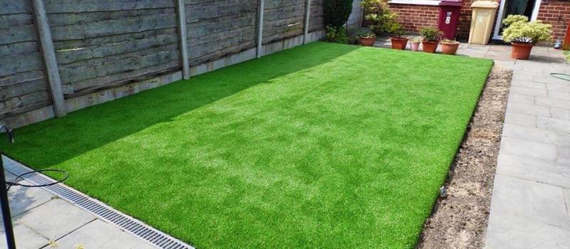 Искусственная трава для дачи